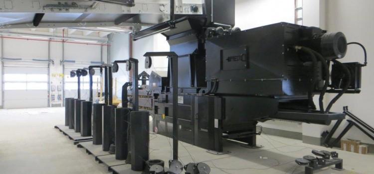 Gries Deco (neues Zentrallager) – Kanalballenpresse HPK70 mit Pappenzerreisser